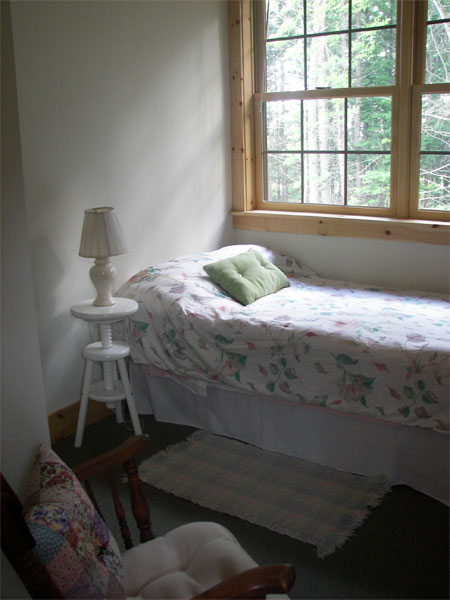 retreat-house-bedroom-2
